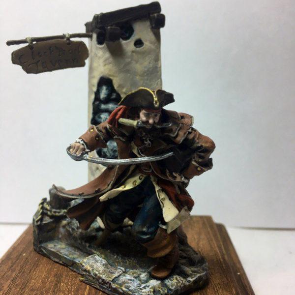 Пират у таверны