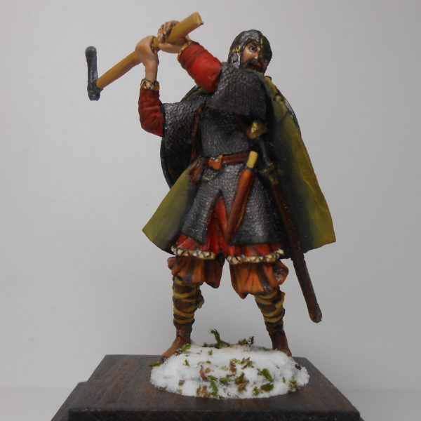 Викинг бьёт топором