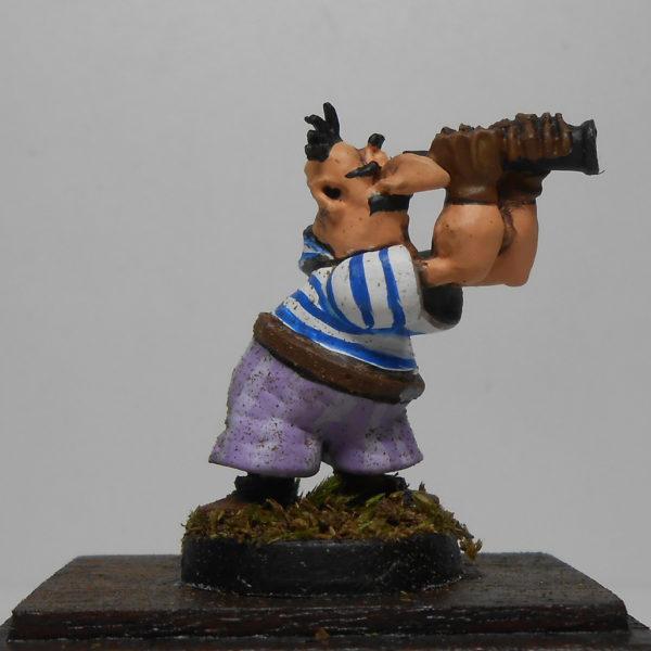 Пират с подзорной трубой из м/ф «Остров сокровищ»