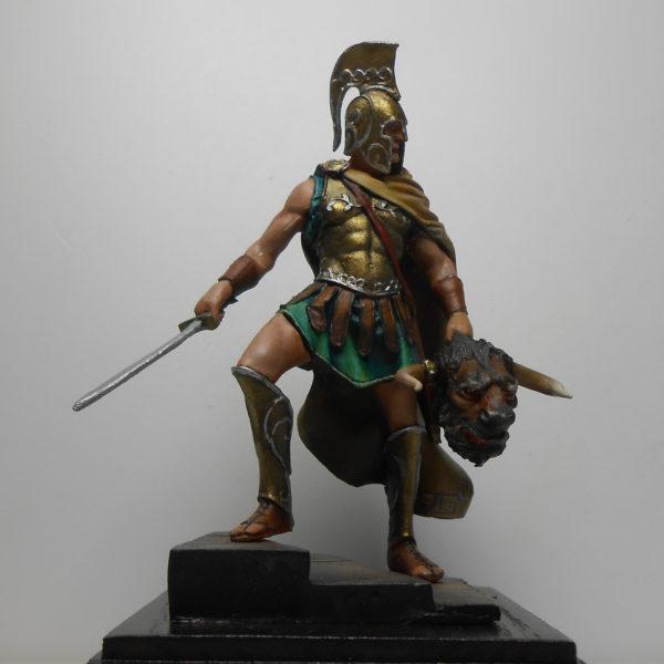 Тесей с головой минотавра