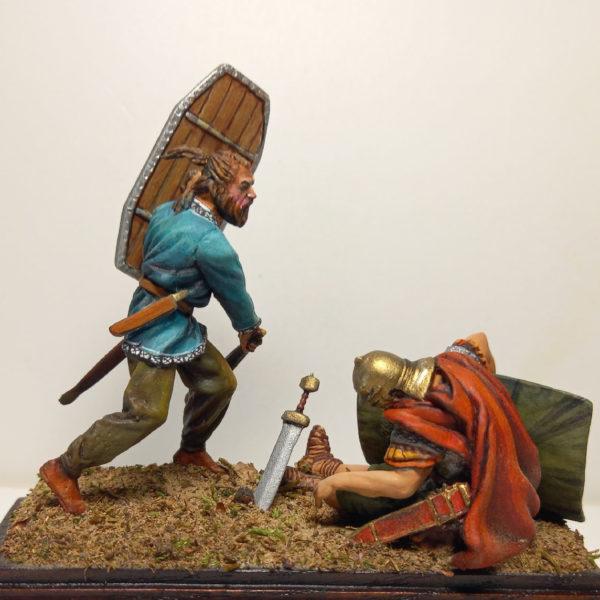 Германец с дубиной добивает легионера
